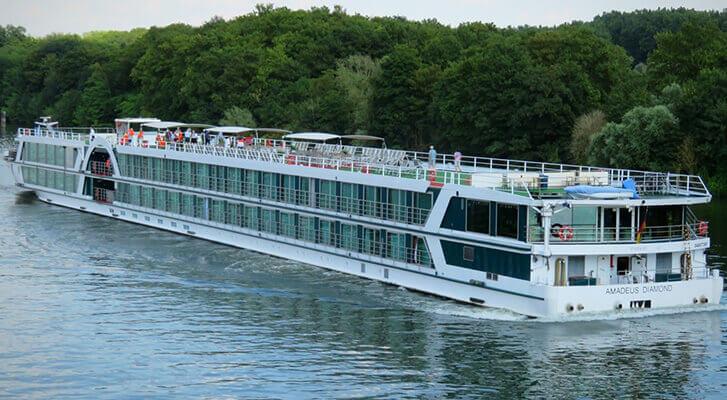 ms amadeus diamond river cruise ships