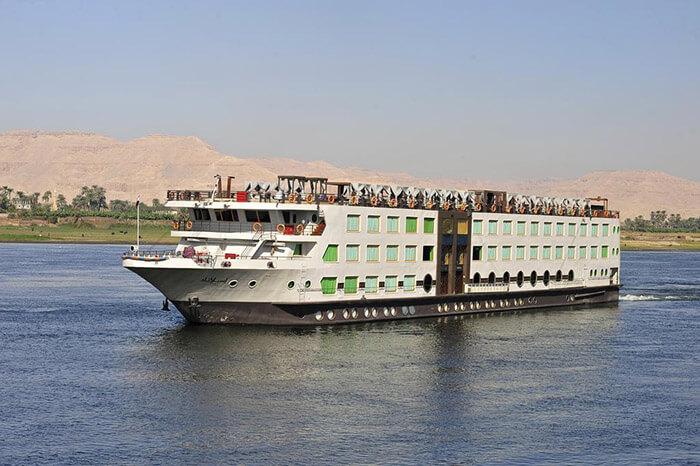 ms esplanade river cruise ships
