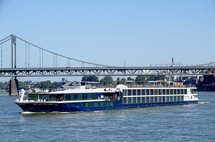 MS Monarch Countess River Cruise Ships