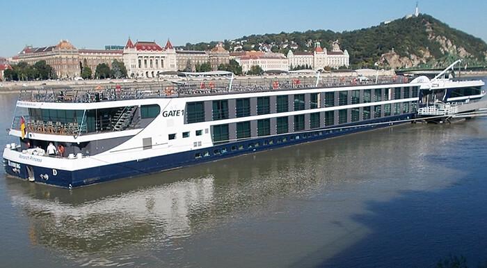 MS Monarch Princess River Cruise Ships