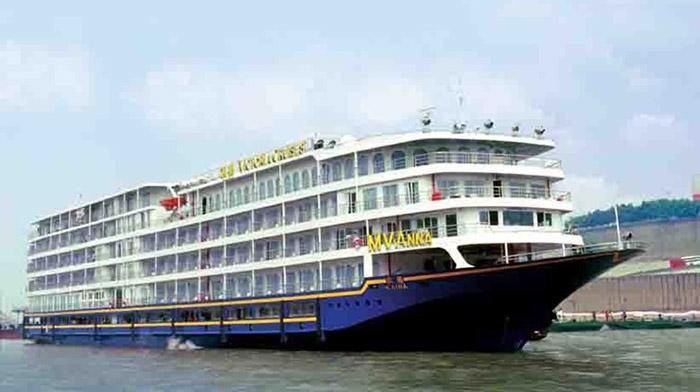 Victoria  anna River Cruise Ship