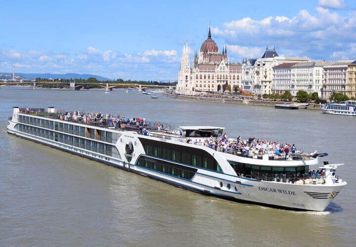 MS Oscar Wilde River Cruise Ships
